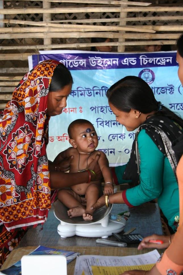 Das Bild zeigt Mutter und Kind.